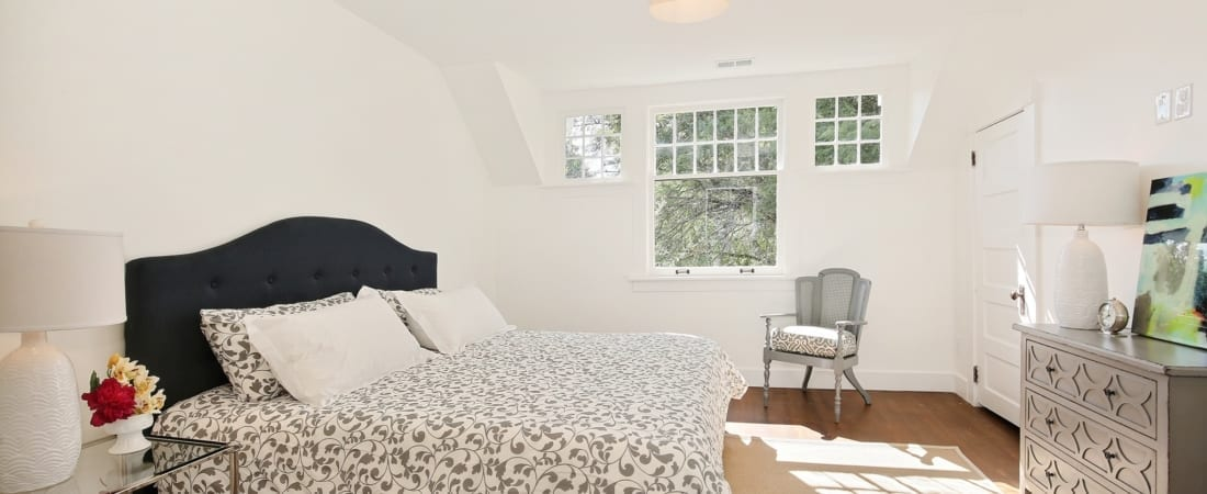 Master-Bedroom-2_SMALL-FOR-MLS-UPLOAD-1100x450.jpg