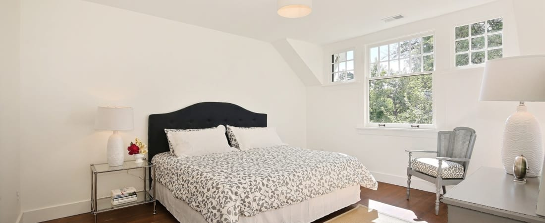 Master-Bedroom_SMALL-FOR-MLS-UPLOAD-1100x450.jpg
